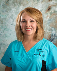 Dental hygienist - Patricia Farmer